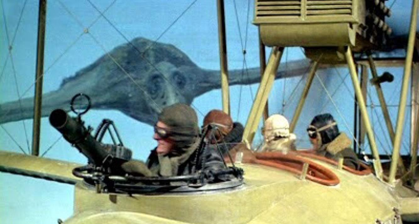 Pterodactyl vs biplane in The People That Time Forgot (1977)