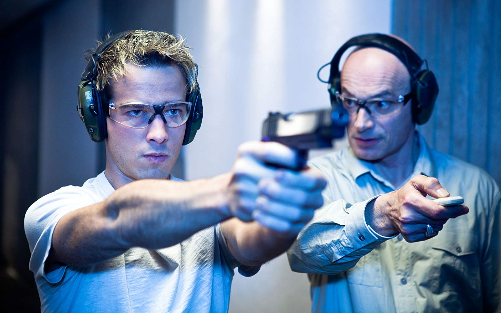 (l to r) Kit Walker (Ryan Carnes) undergoes training from Jean Marchand in The Phantom (2009)