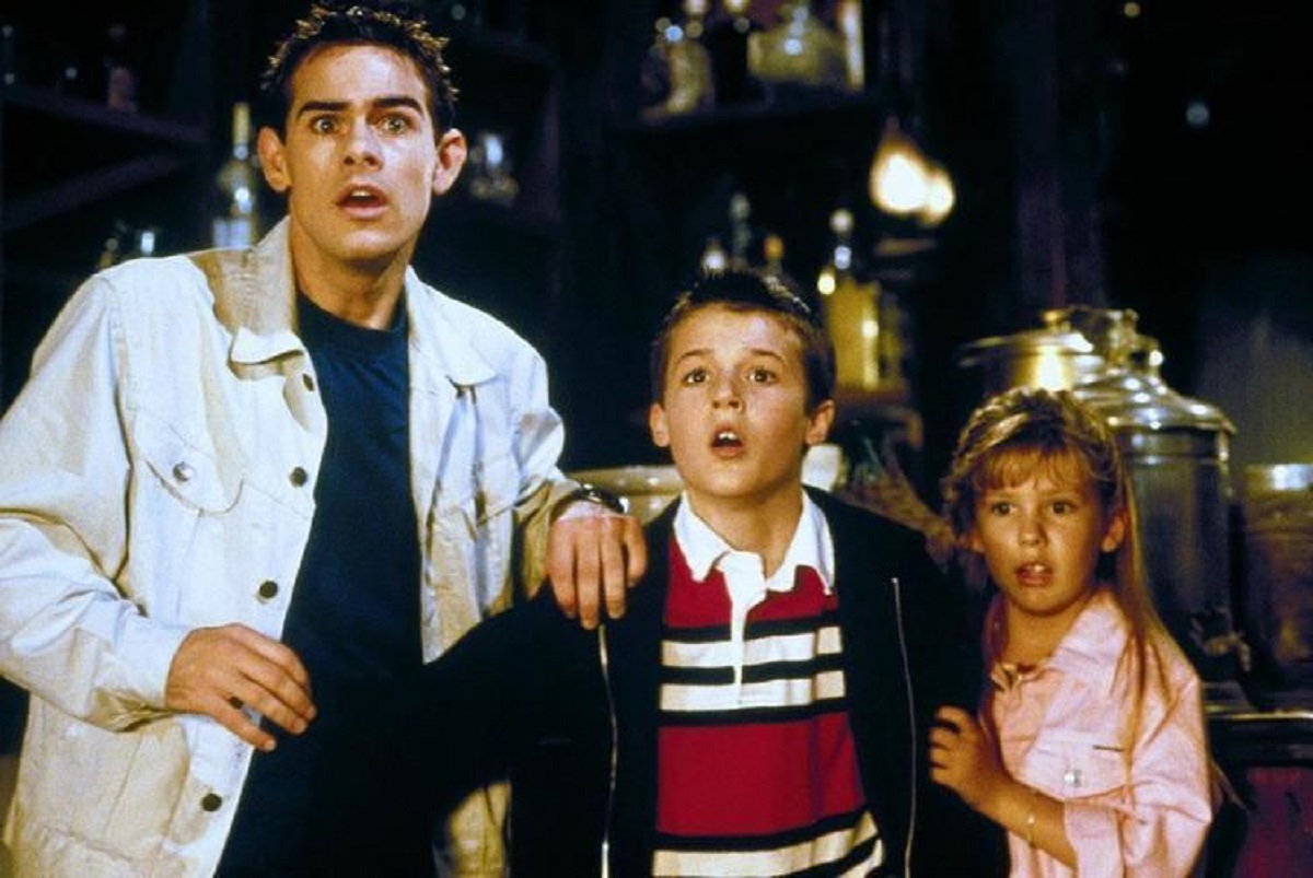 (l to r) John Patrick White, Taylor Locke and Lauren Summers stuck in a Western town in an afterlife netherworld in Phantom Town (1998)