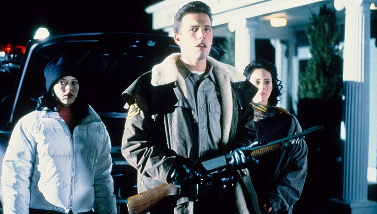 Rose McGowan, sheriff Ben Affleck and Joanna Going