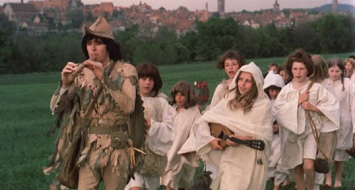 The Pied Piper (Donovan) leads the children of Hamlin away in The Pied Piper (1972)
