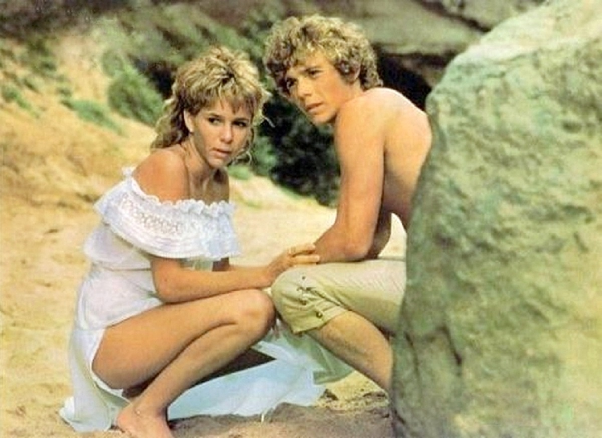 Mabel (Kristy McNichol) and Frederic (Christopher Atkins) in The Pirate Movie (1982)