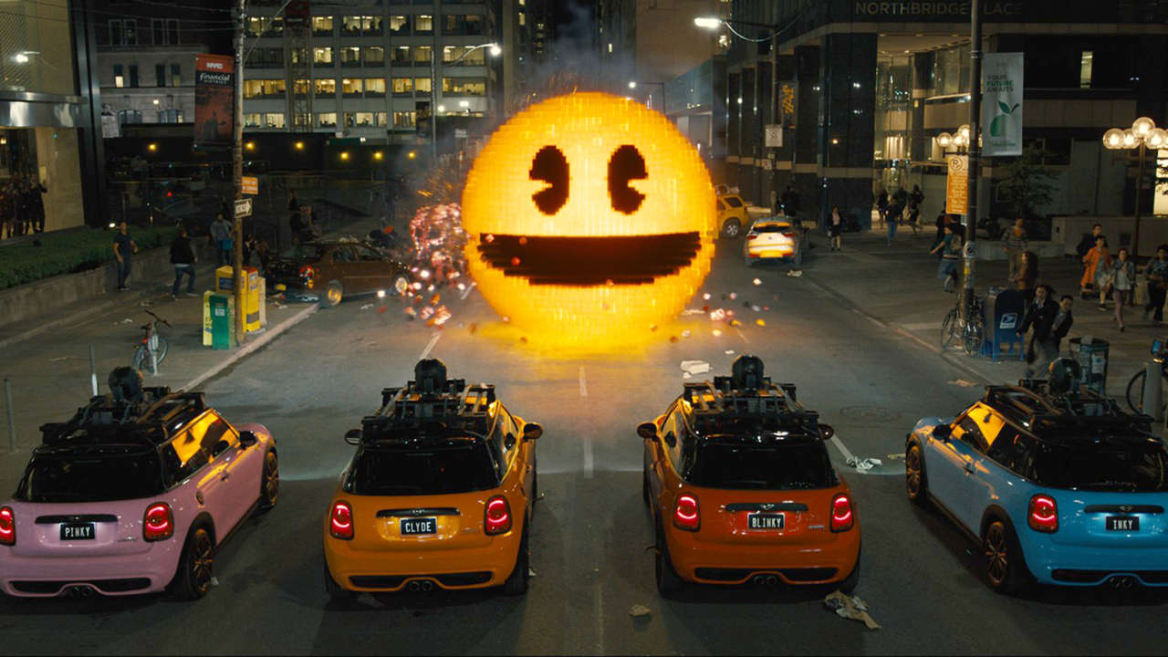 Minis vs giant-size Pac Man in Pixels (2015)