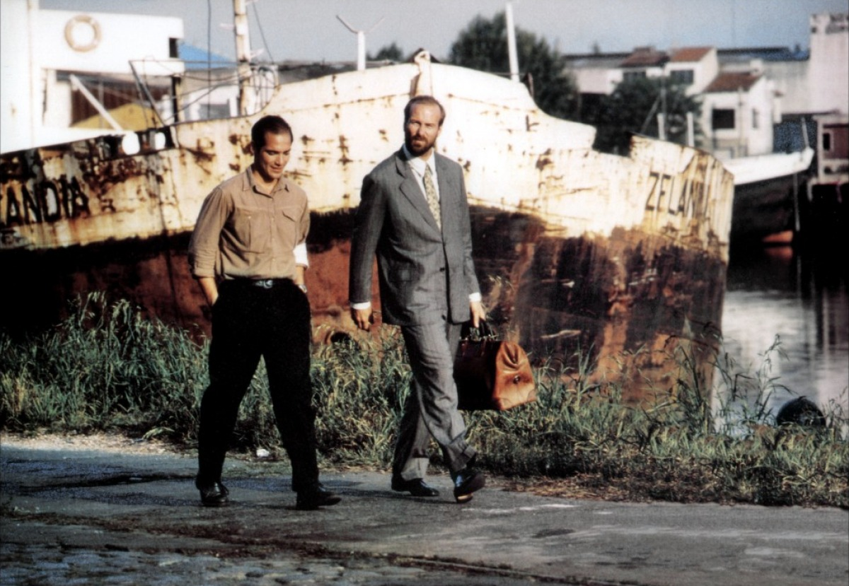 Jean-Marc Barr and William Hurt in The Plague (1992)