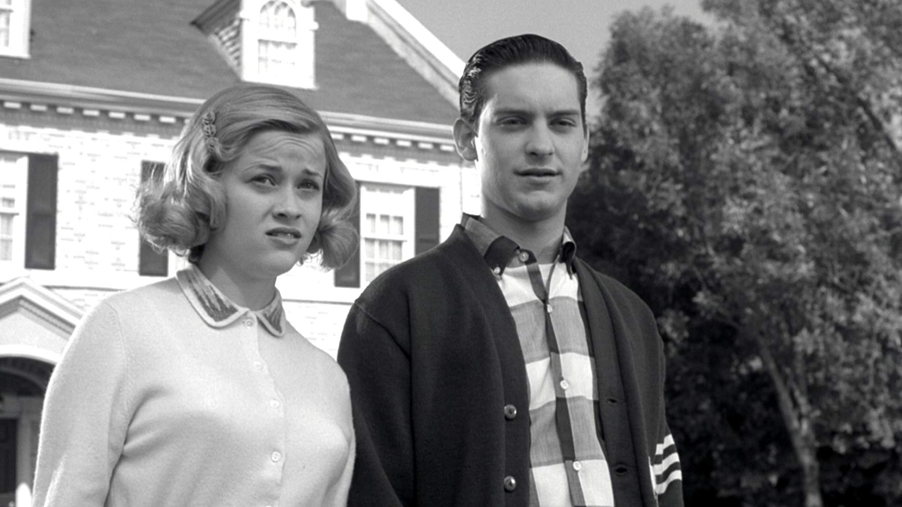 Reese Witherspoon, Tobey Maguire in Pleasantville (1998)