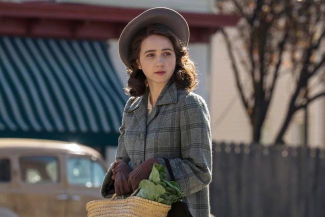 Zoe Kazan as Bess Levin in The Plot Against America (2020)