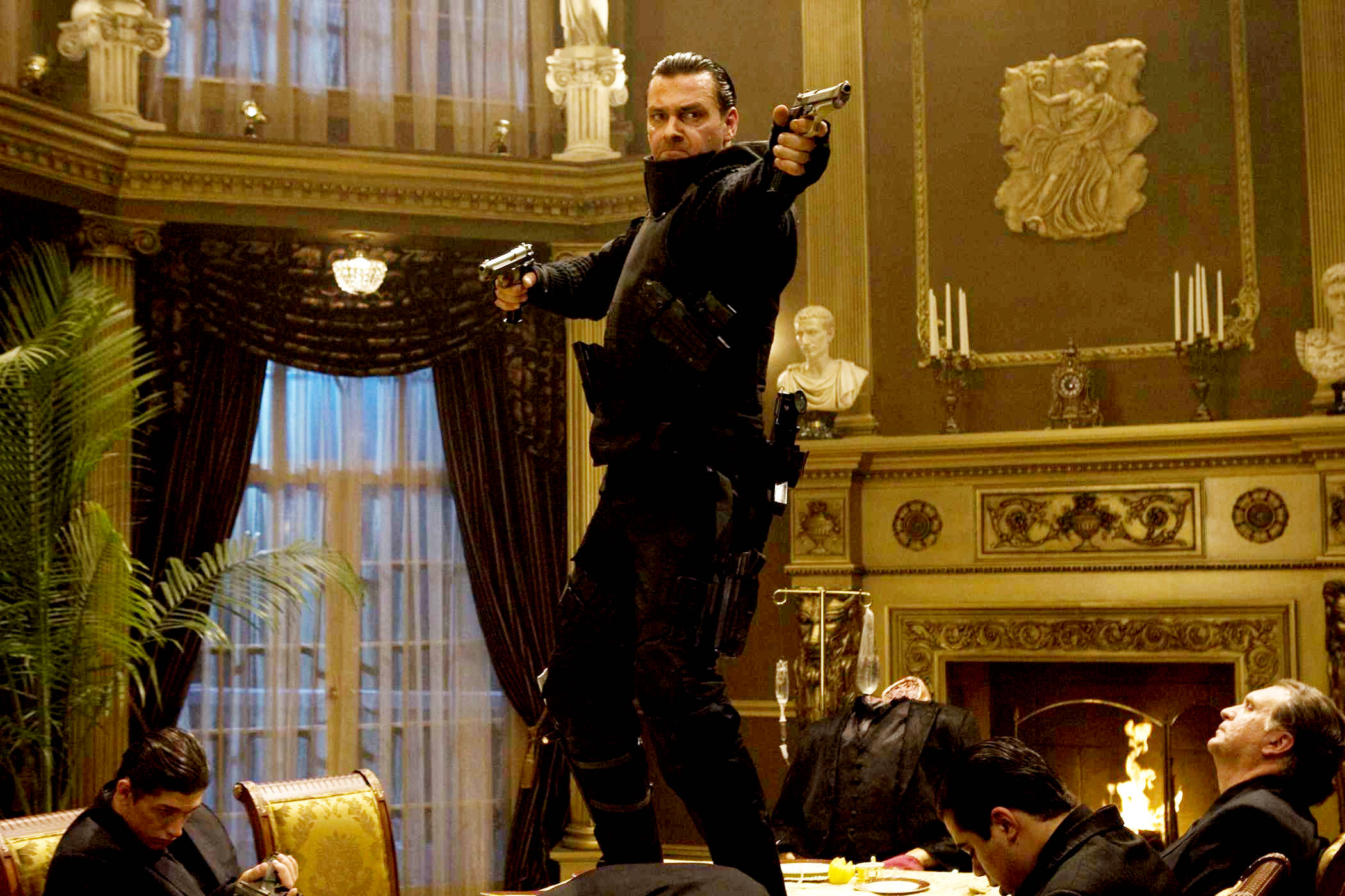 Ray Stevenson in action as Frank Castle in Punisher: War Zone (2008)