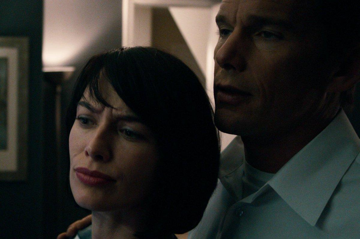 Ethan Hawke, Lena Headey in The Purge (2013)