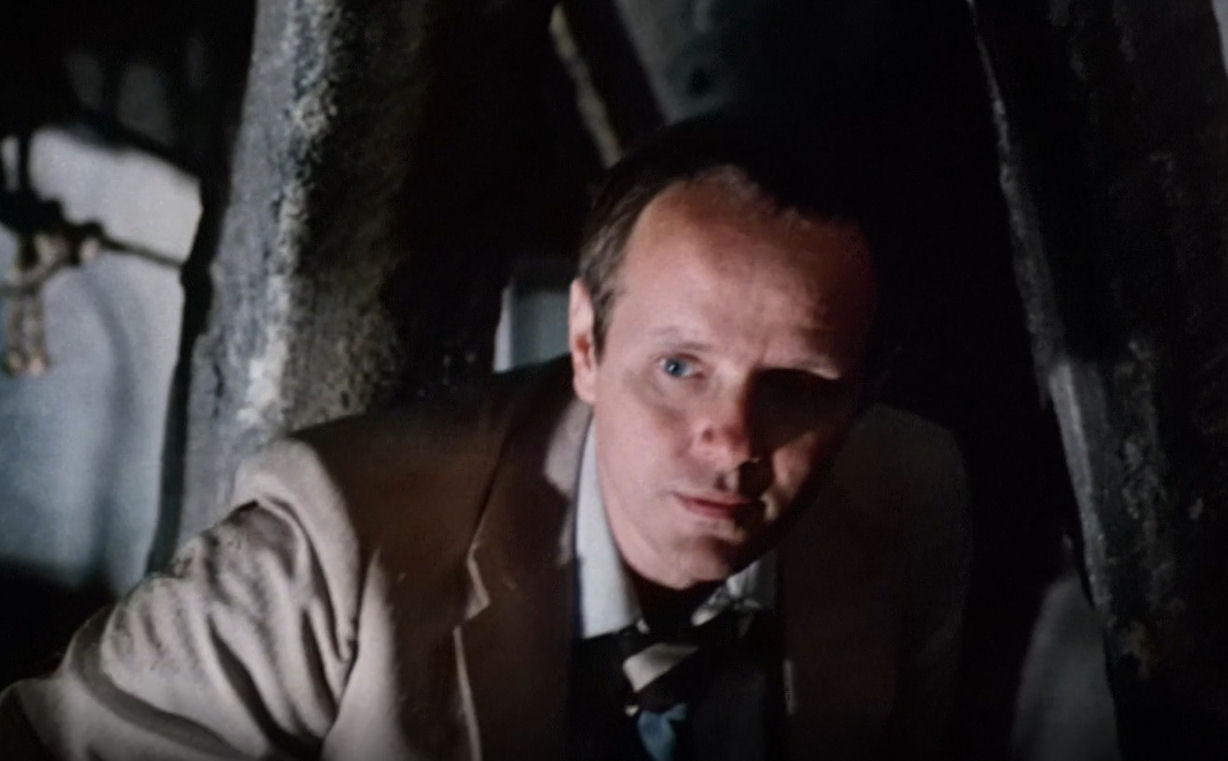 Michael Moriarty in Q: he Winged Serpent (1982)