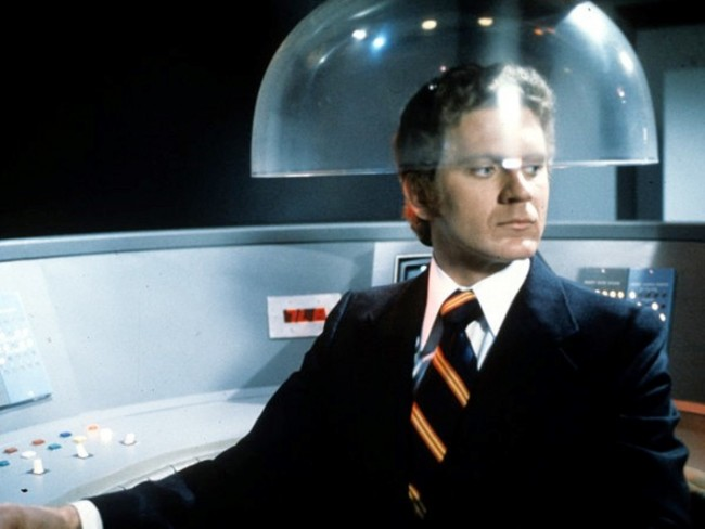 Robert Foxworth as the android Questor in The Questor Tapes (1974)