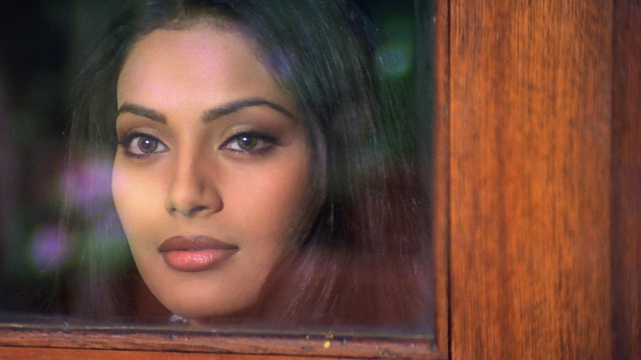 Bipasha Basu in Raaz (2002)