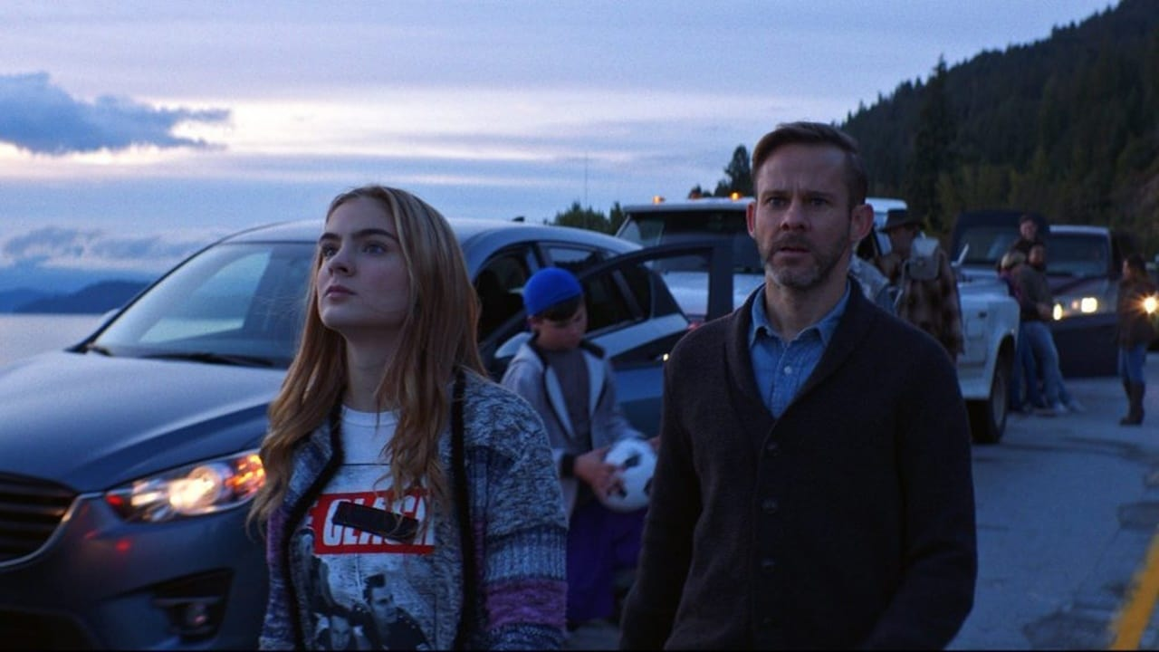 Reese (Brighton Sharbino) and her father Dominic Monaghan in Radioflash (2019)
