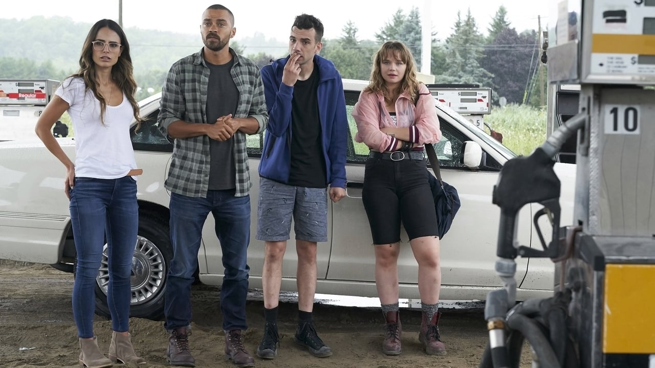 Jordana Brewster, Jesse Williams, Jay Baruchel and Niamh Wilson in Random Acts of Violence (2019)
