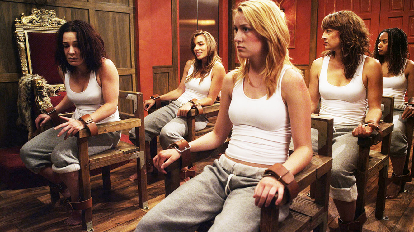 The imprisoned girls - (l to r) Allene Quincy, Rebecca Marshall, Bailey Anne Borders, Zoë Bell and Tracie Thoms in Raze (2013)