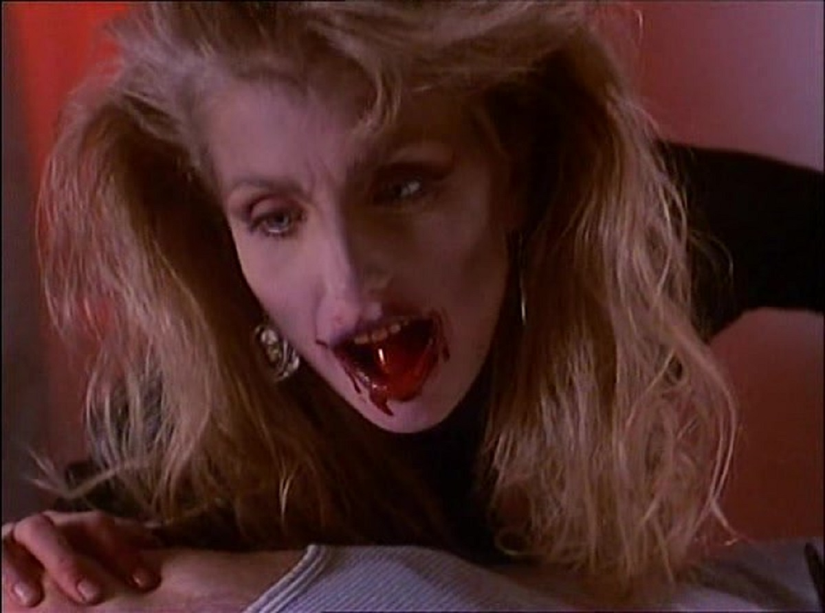 A Vampire Heather Thomas in Red Blooded American Girl (1990)