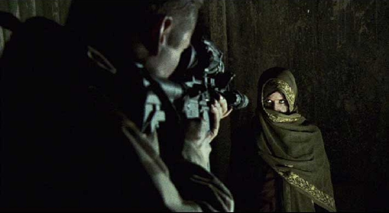 US soldier vs a mysterious Arab woman (Mercedes Masöhn) in Red Sands (2009)