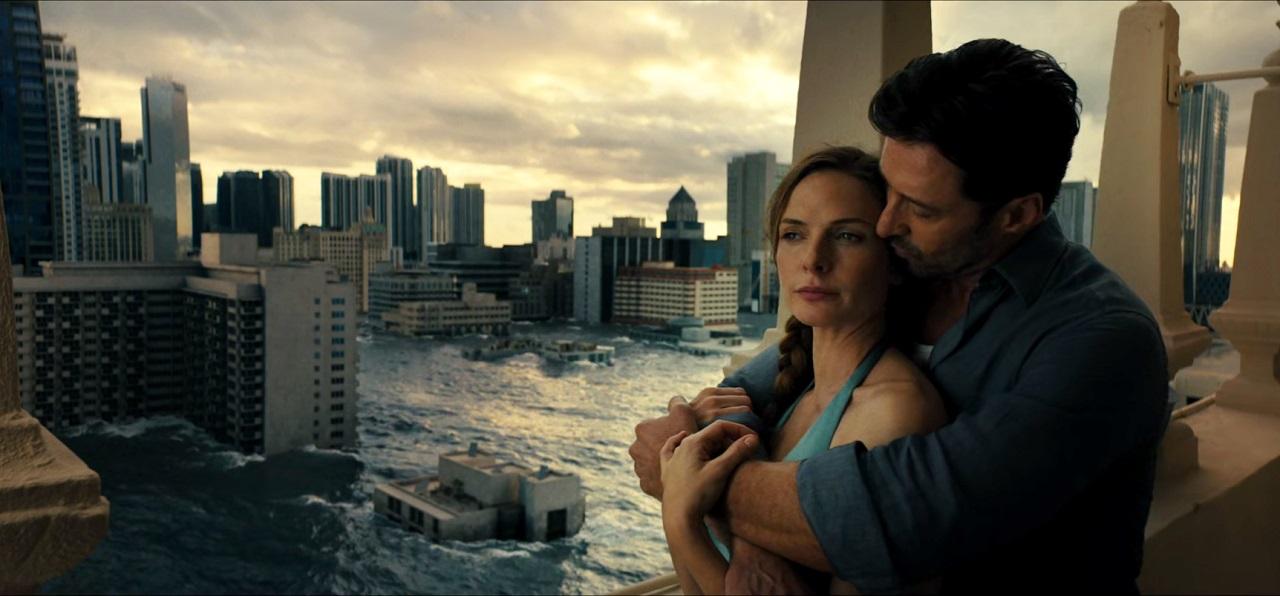 Hugh Jackman and Rebecca Ferguson in a Globally Warmed future Miami in Reminiscence (2021)