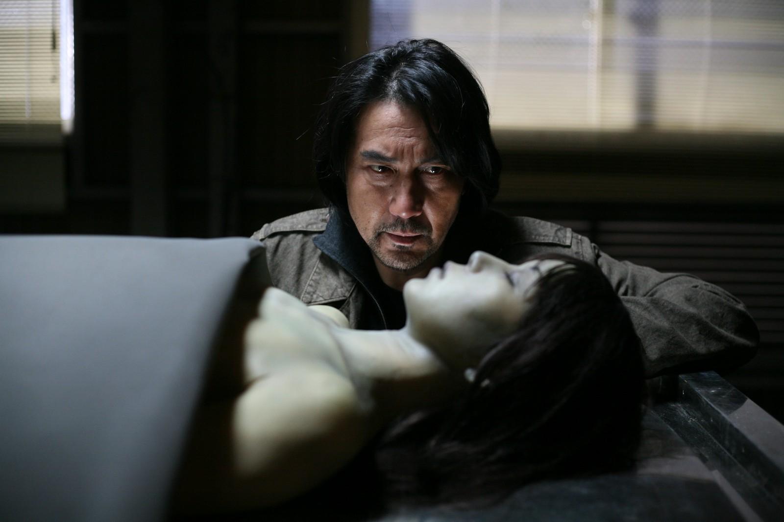 Koji Yakusho, Riona Hazuki in Retribution (2006)