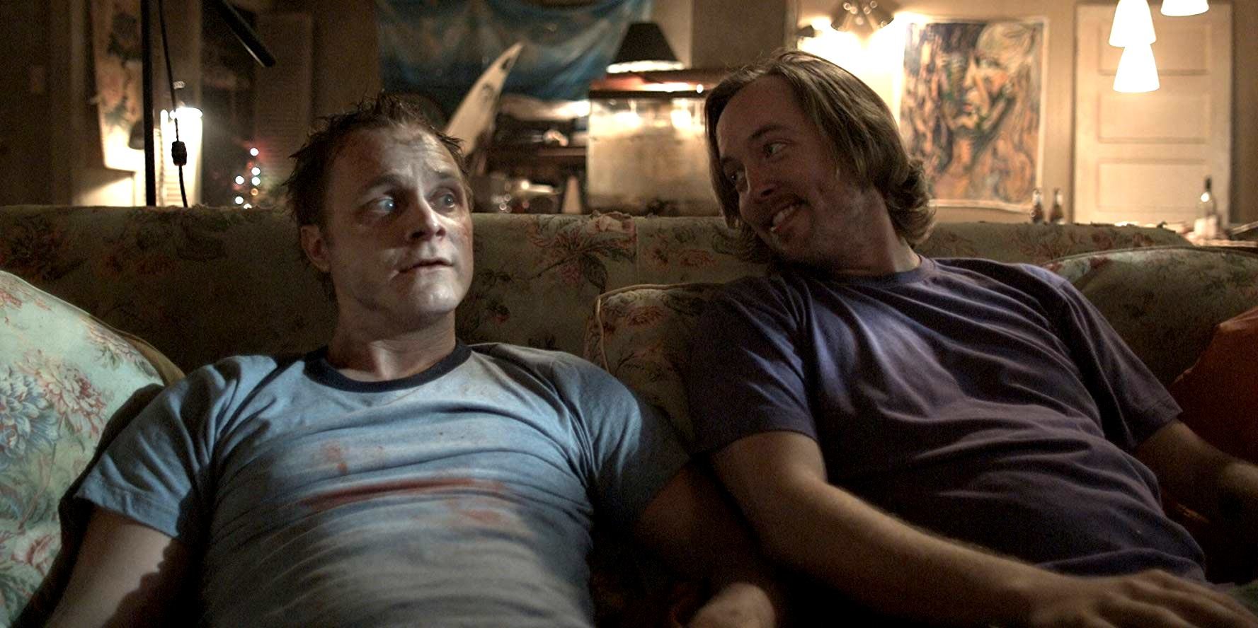 The undead Bart Gregory (David Anders) and best friend Joey Luebner (Chris Wylde) in The Revenant (2009)