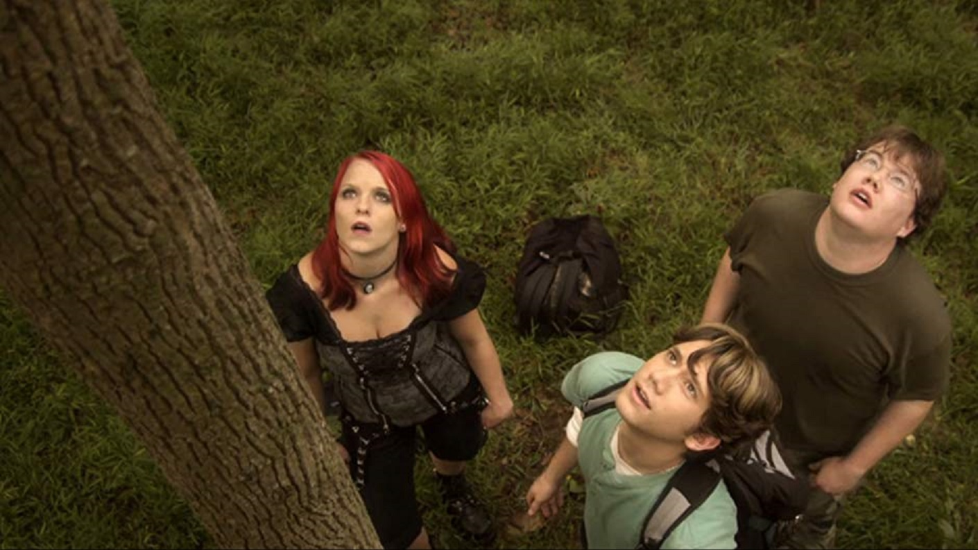 Fans on a quest - Emma Earnest, Justin Moe, Cole Matson in Rise of the Fellowship (2013)