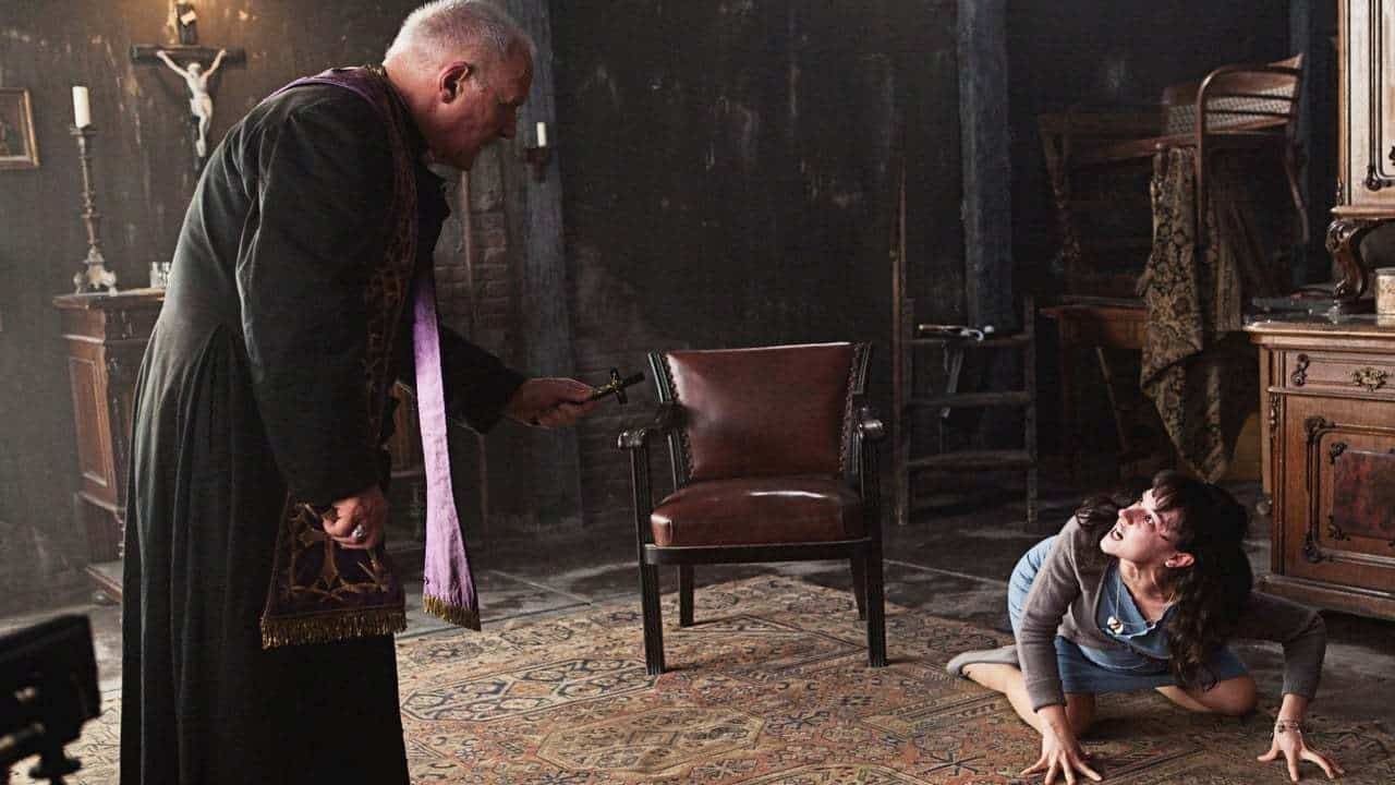 Anthony Hopkins performs an exorcism in The Rite (2011)