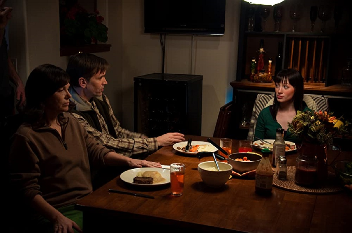 Wife Lucinda Jenney, husband Bill Moseley and captive Michelle Page in Rogue River (2012)