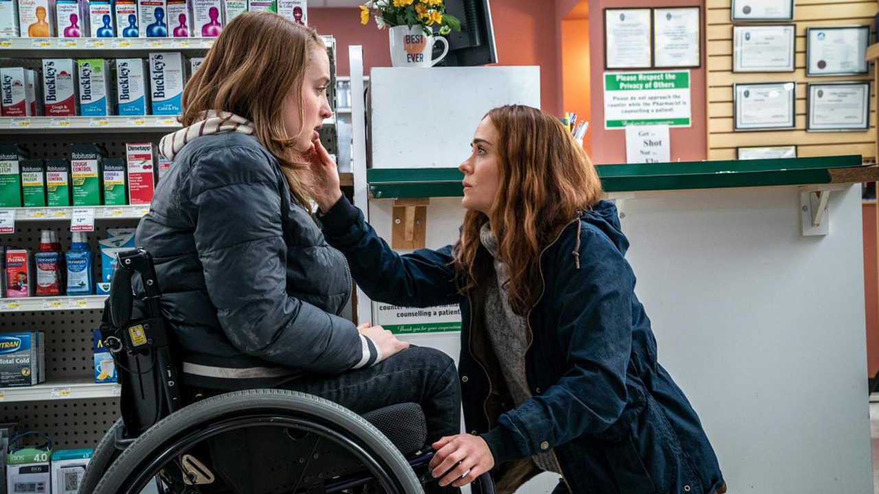 Wheelchair-confined teen Kiera Allen and mother Sarah Paulson in Run. (2020)