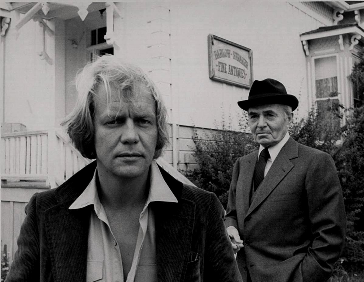 David Soul as writer Ben Mears and James Mason as Straker in Salem's Lot (1979)