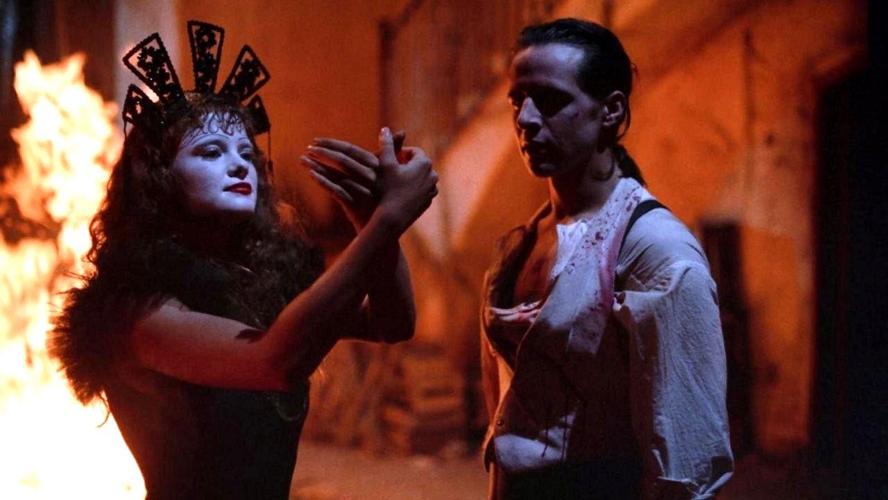 Fenix (Axel Jodorowsky) with the mute mime Alma (Sabrina Dennison) in Santa Sangre (1989)