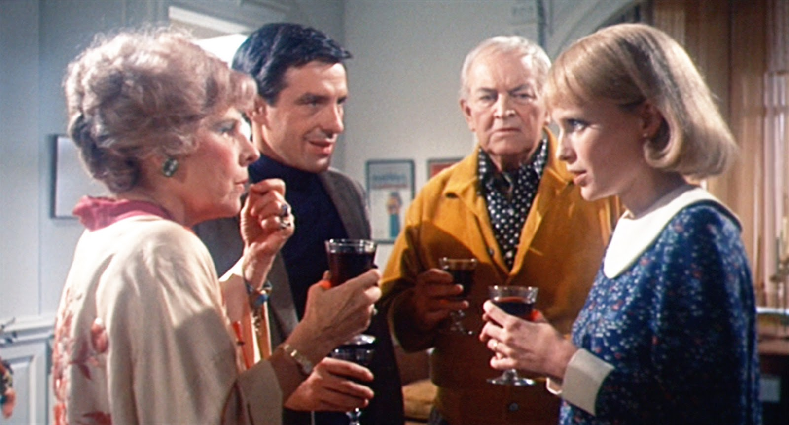 Satanists in Rosemary's Baby (1968) - Ruth Gordon, John Cassavetes, Maurice Evans and Mia Farrow