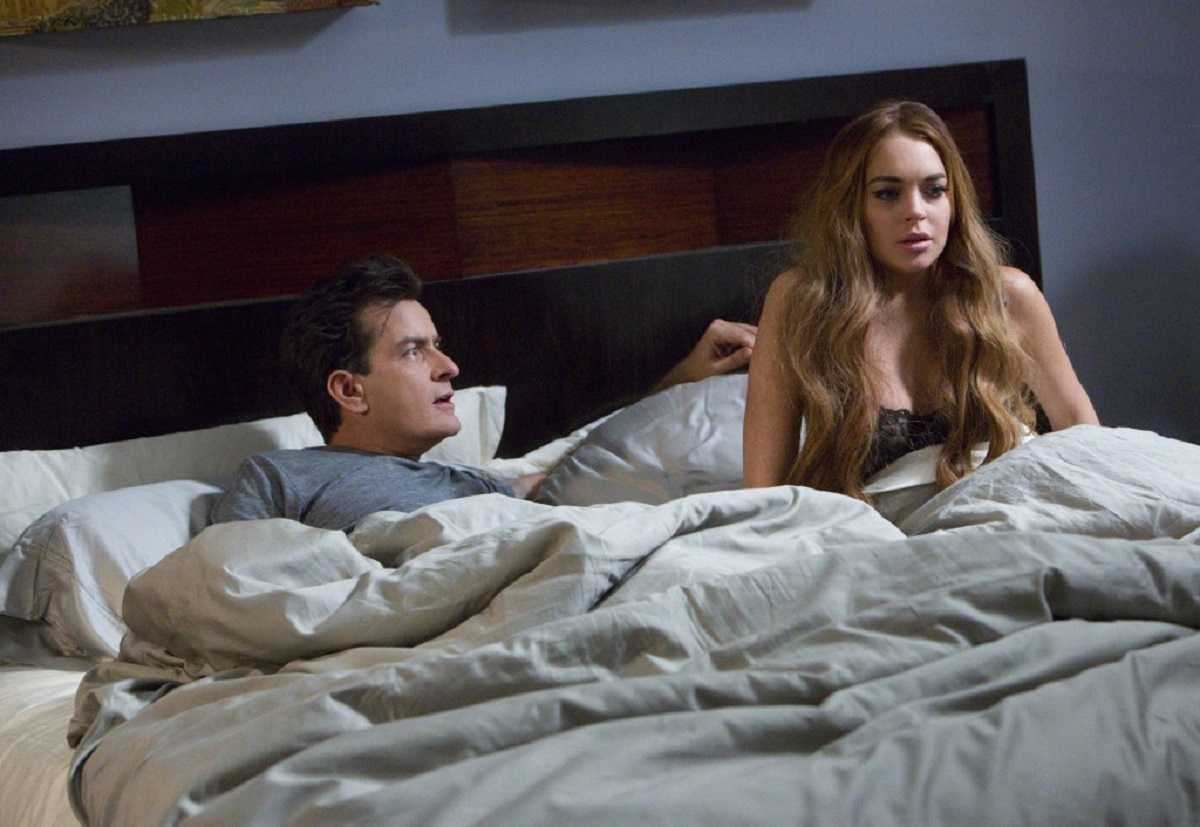 Charlie Sheen and Lindsay Lohan in Scary MoVie (2013)