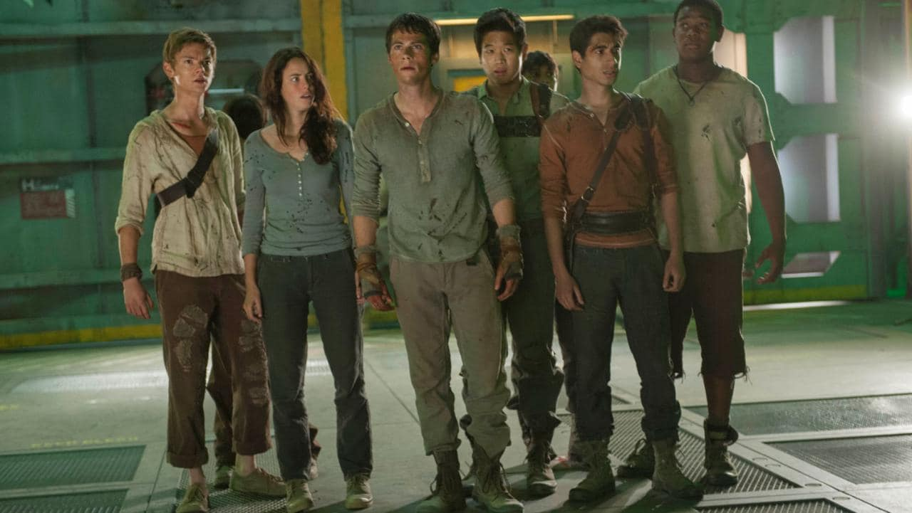 Thomas Brodie Sangster, Kaya Scodelario, Dylan O'Brien, Ki Hong Lee, Alexander Flores and Dexter Darden in The Scorch Trails (2015)