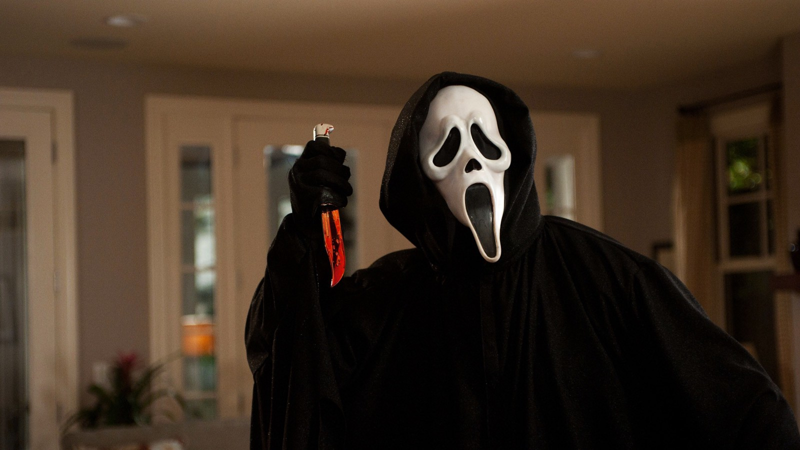 The Ghost Face Killer in Scream (1996)