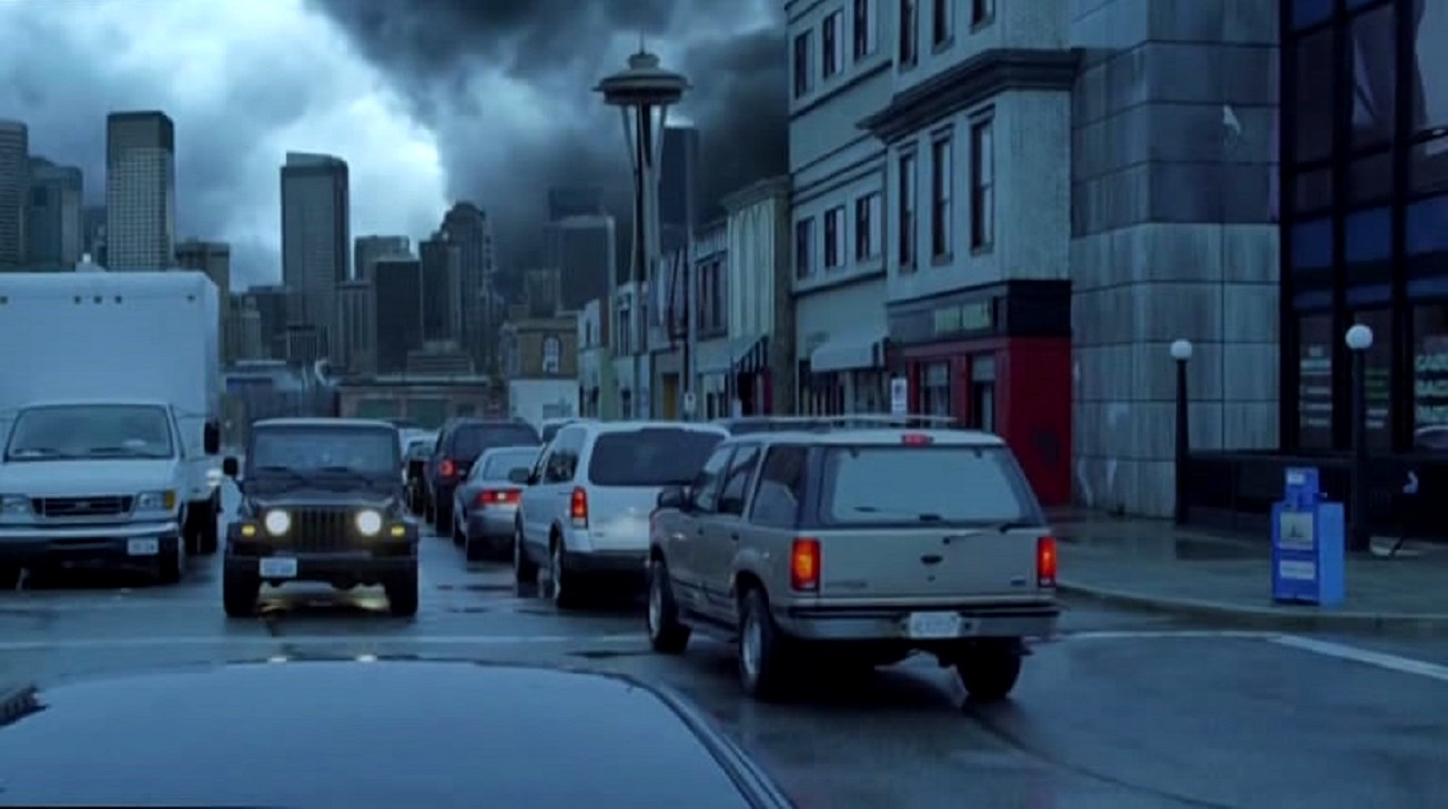 The superstorm strikes Seatle in Seattle Super Storm (2012)
