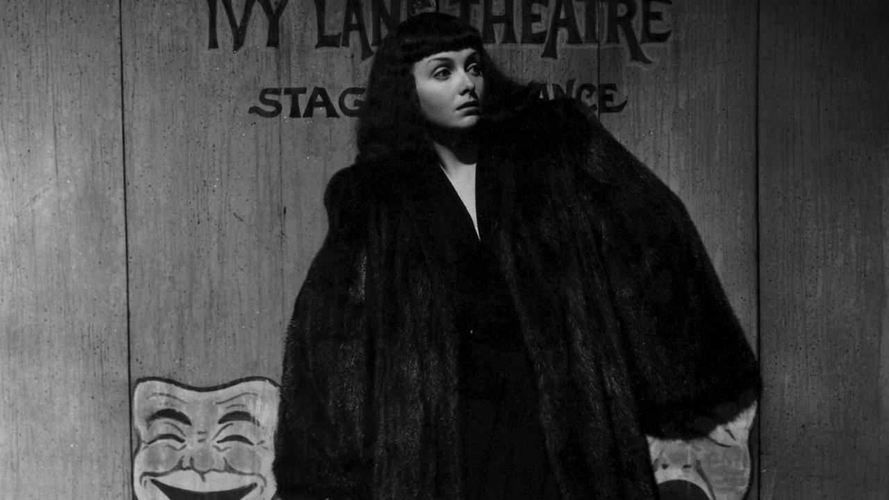 Jean Brooks as the missing sister in The Seventh Victim (1943)