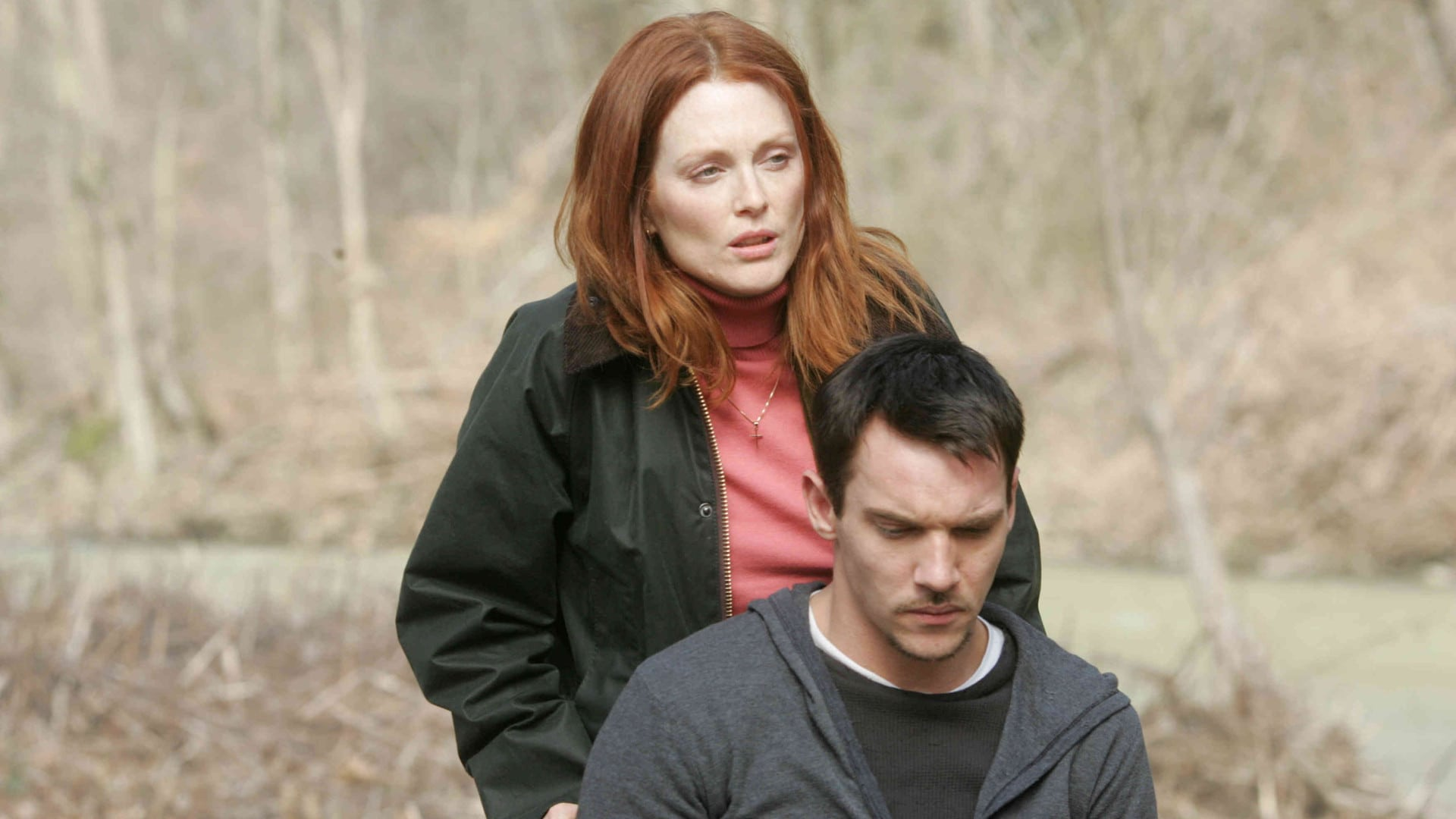 Julianne Moore , Jonathan Rhys Meyers in Shelter (2010)