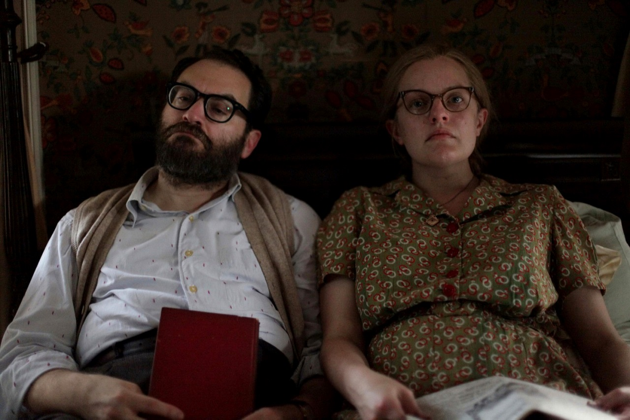Husband and wife Stanley Hyman (Michael Stuhlbarg) and Shirley Jackson (Elisabeth Moss) in Shirley (2020)
