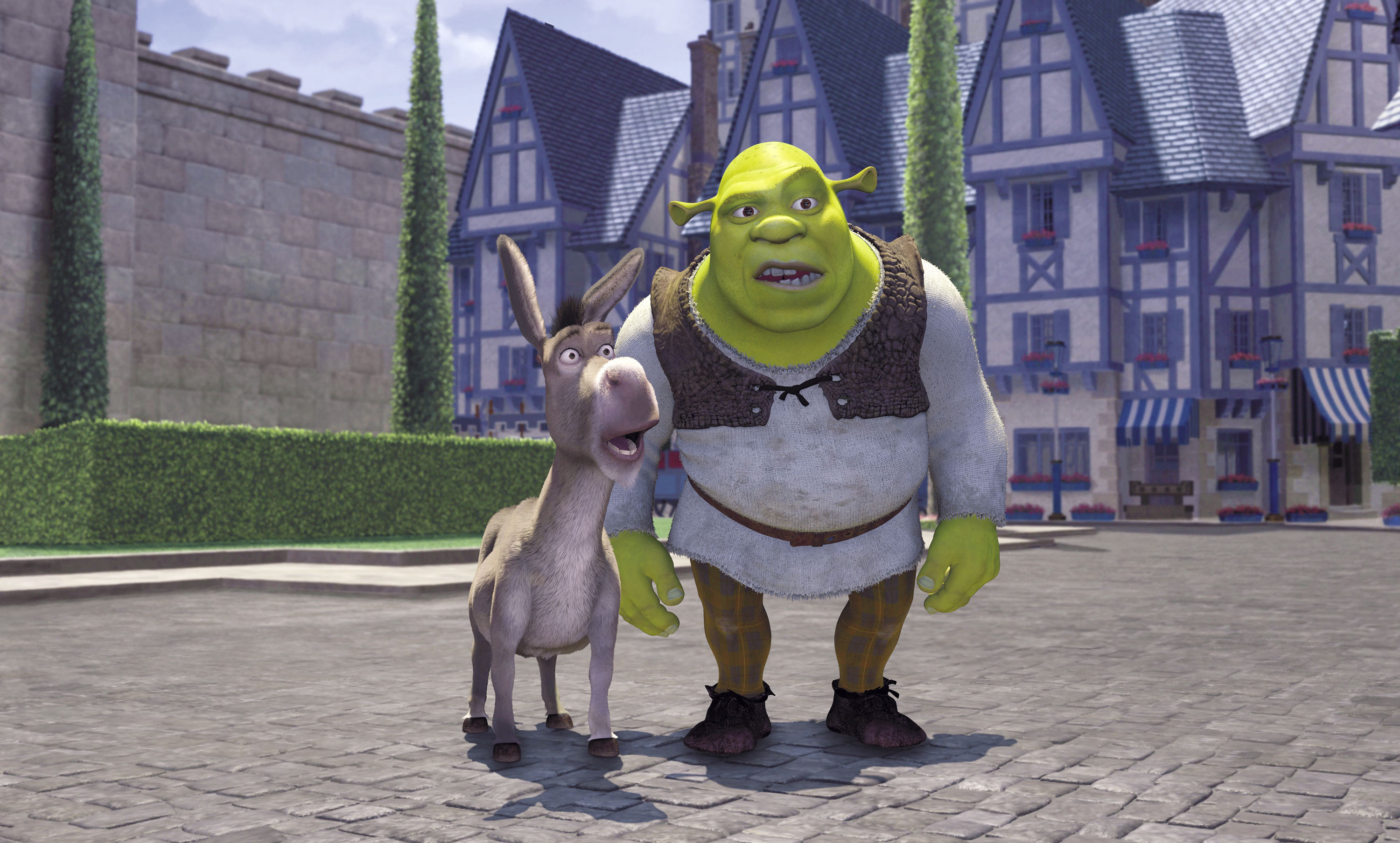 (l to r) The Donkey (voiced by Eddie Murphy) and Shrek (voiced by Mike Myers) in Shrek (2001)