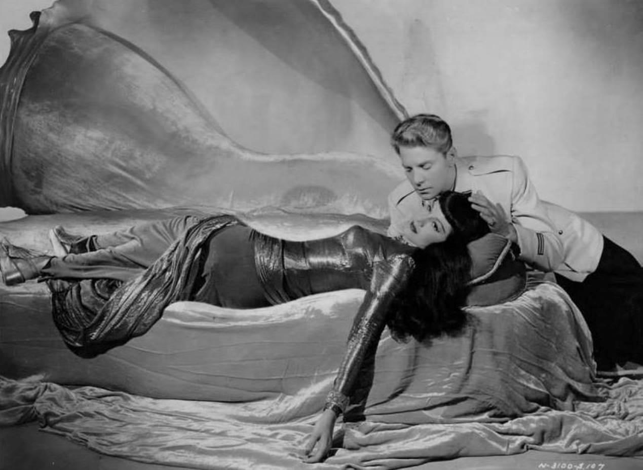 Antinea (Maria Montez) seduces Jean-Pierre Aumont in Siren of Atlantis (1948)