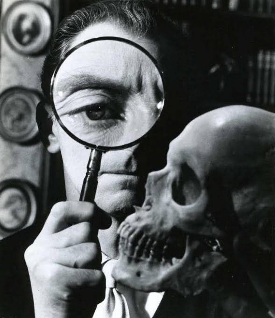 Peter Cushing and The Skull (1965)