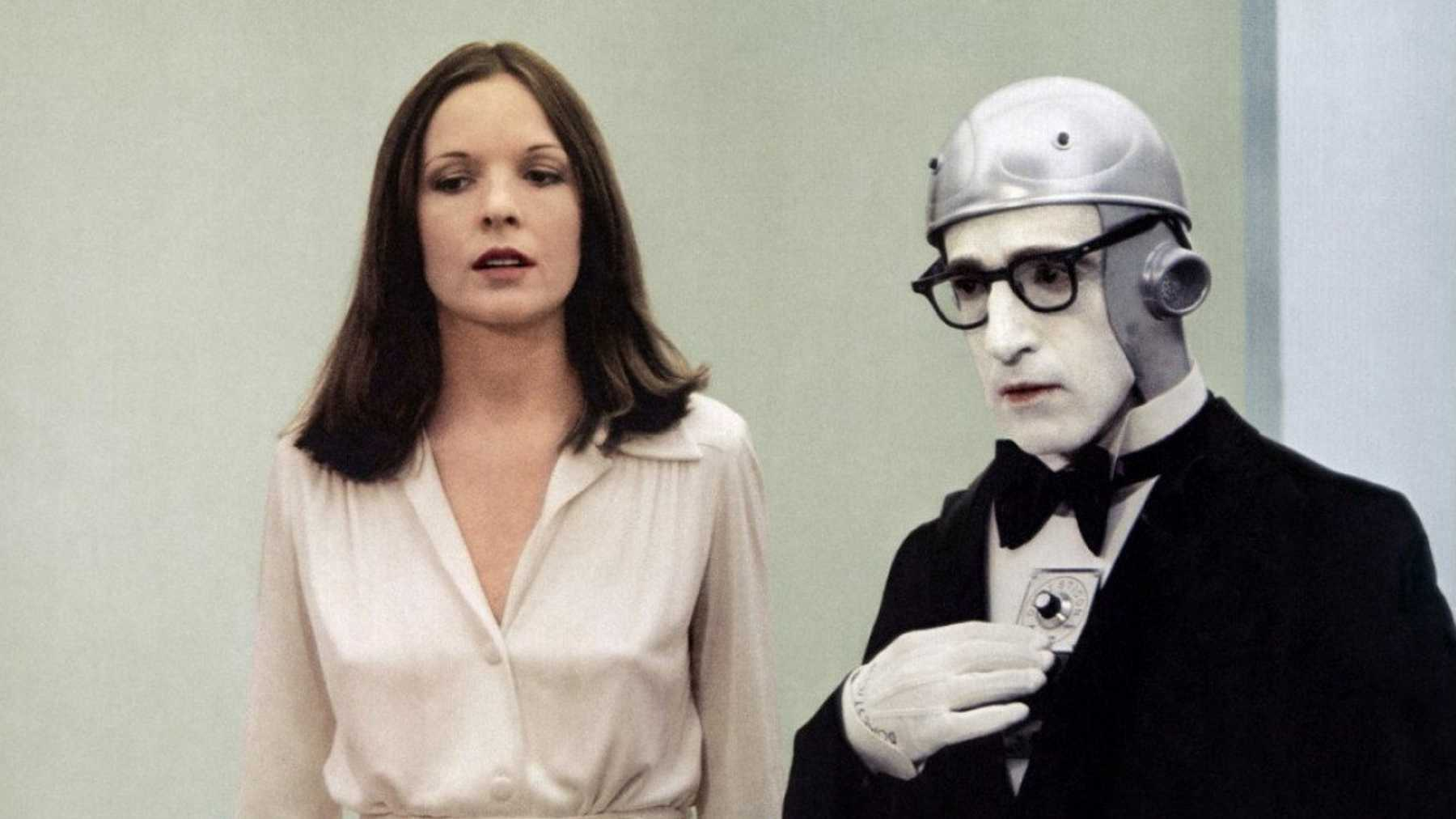 Diane Keaton with Woody Allen as a robot waiter in Sleeper (1973)