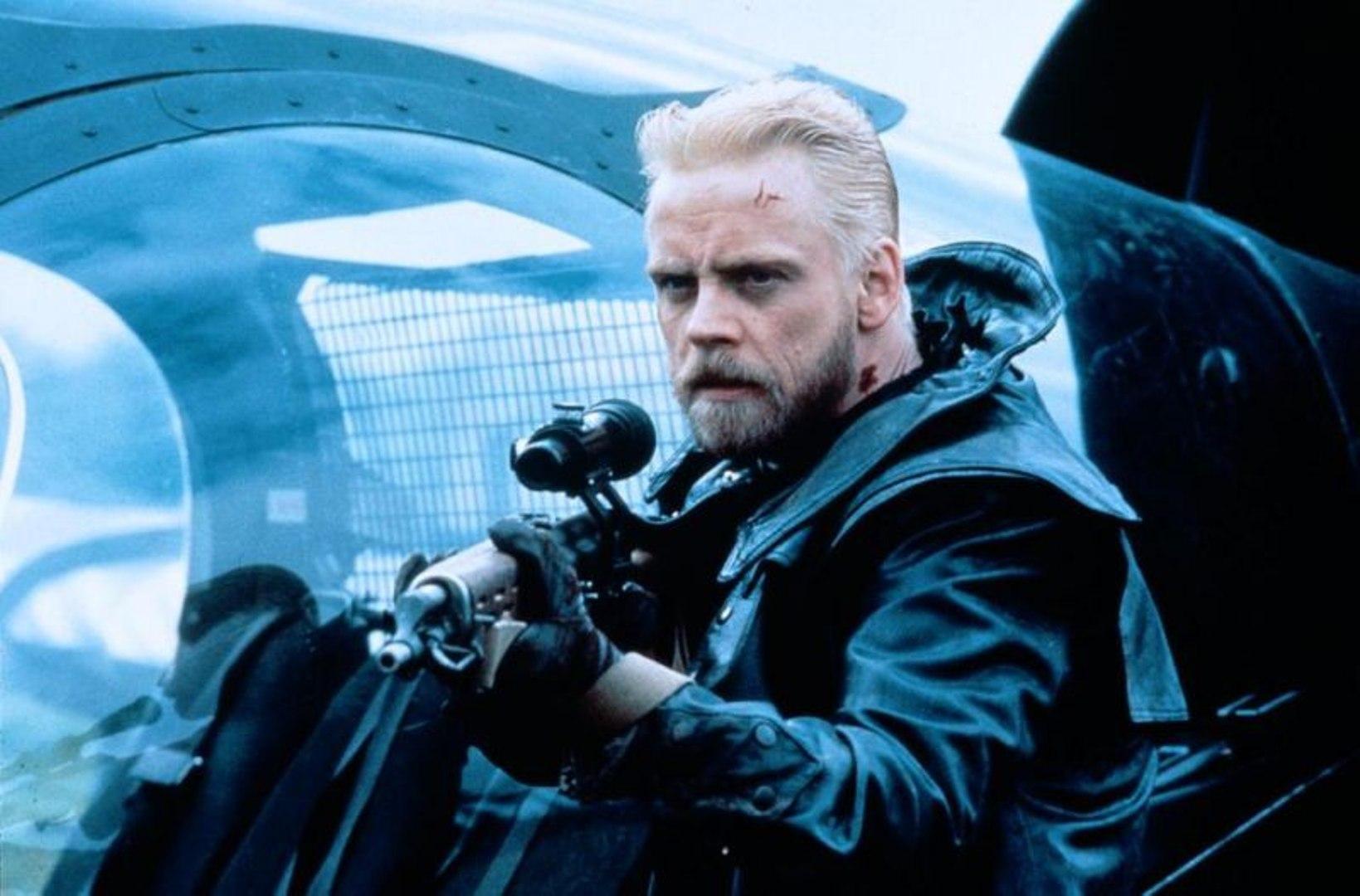 Mark Hamill as the bounty hunter Will Tasker in Slipstream (1989)