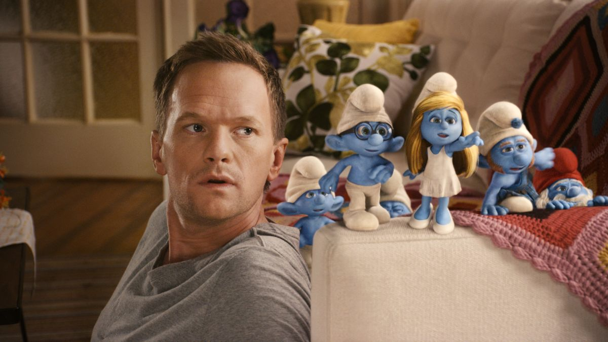 Neil Patrick Harris and Smurfs in The Smurfs (2011)