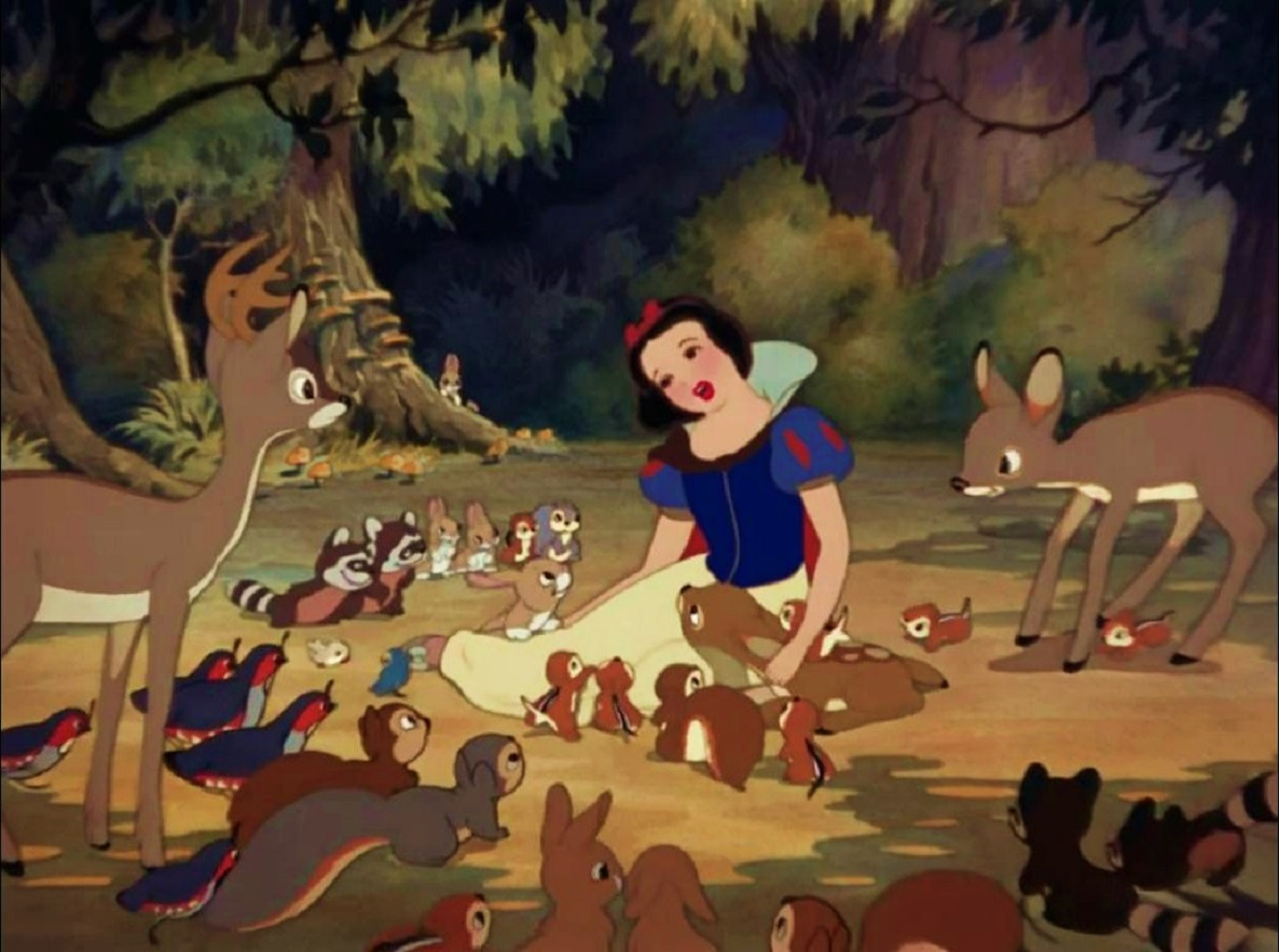 Snow White with a purity that animals are naturally drawn towards in Snow White and the Seven Dwarfs (1937)