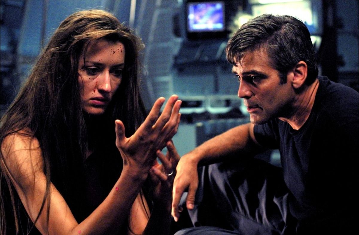 George Clooney and a resurrected Natascha McElhone in Solaris (2002)