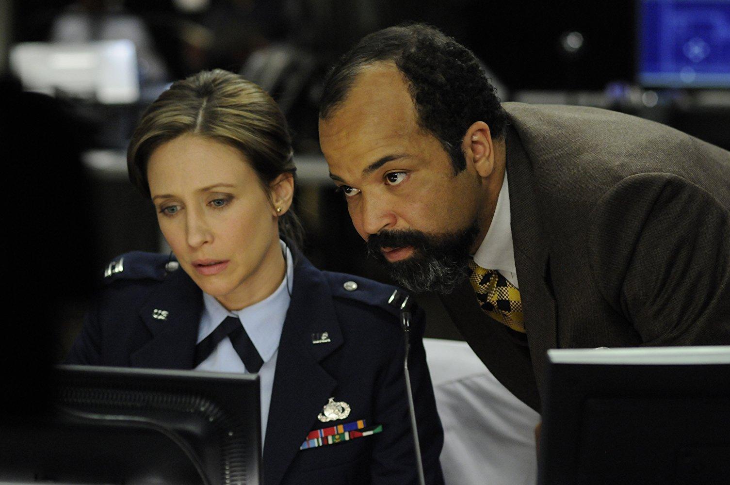 Vera Farmiga and Jeffrey Wright in Source Code (2011)