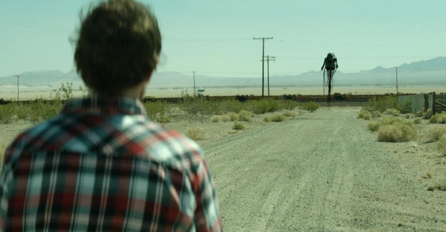 The strange pursuing creatures in The Way In episode in Southbound (2015)