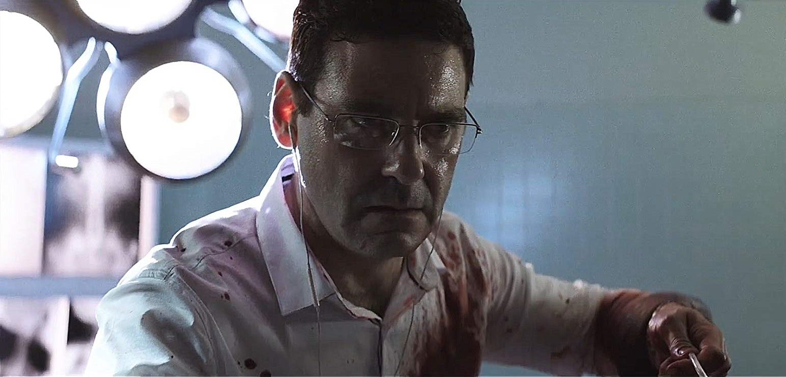 Mather Zickel directed to operate by a 911 responder in The Accident episode in Southbound (2015)