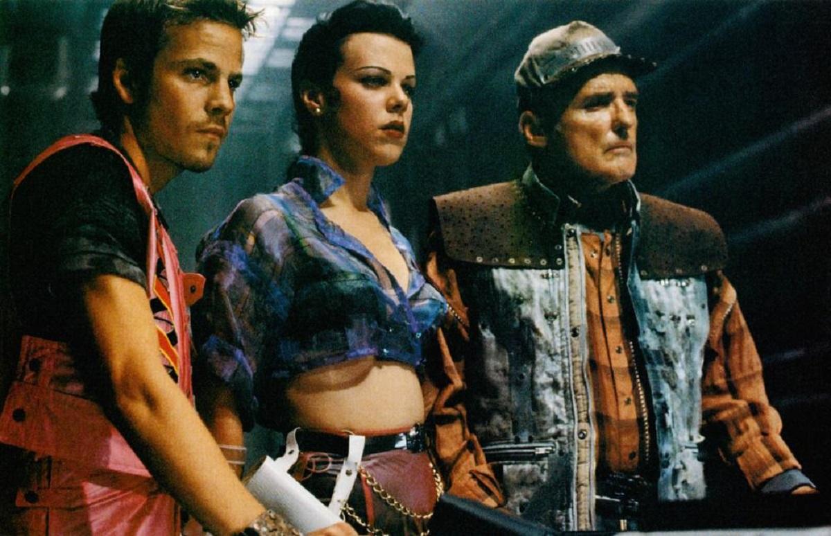 The space truckers - Stephen Dorff, Debi Mazar, Dennis Hopper