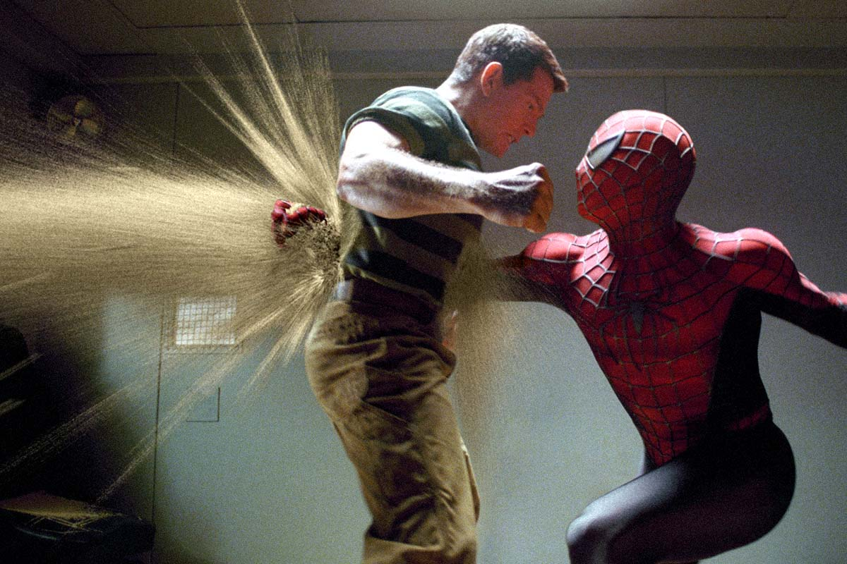 Spider-Man (Tobey Maguire) and The Sandman (Thomas Haden Church) in Spider-Man 3 (2007)